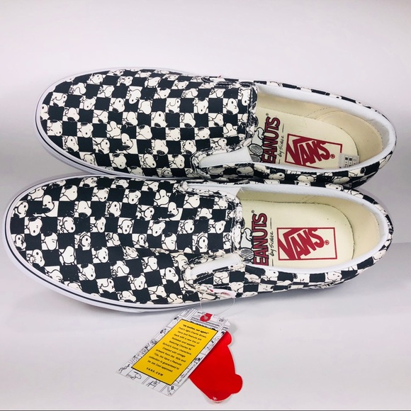 20804e9be333d5 Vans X Peanuts Slip On Snoopy Checkered Board Shoe